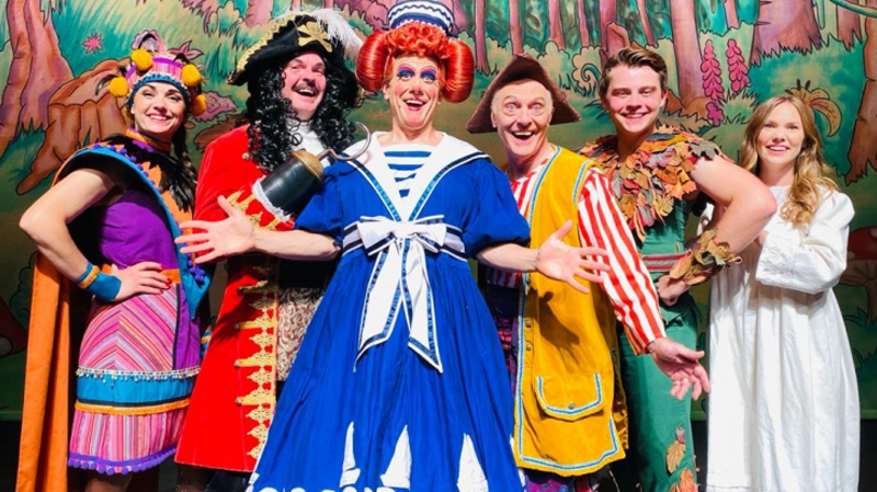 Cast of Theatre Severn panto unveiled as 25,000 tickets already sold